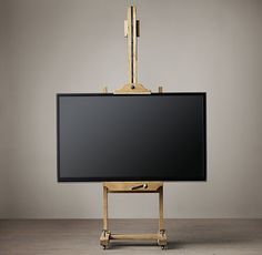 What a good addition to the man cave C. English Artist's Easel Salvage staffelei C. Tv Wall Brackets, Tv Bracket, Tv Furniture, Small Furniture, Furniture Companies, Easel Tv Stand, Best Tv Wall Mount, Swivel Tv Stand, Rack Tv
