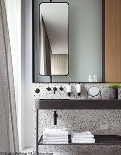 17 Fresh & Inspiring Bathroom Mirror Ideas to Shake Up Your Morning Lipstick Routine - Tall Skinny Mirror 2 - Modern Bathroom Mirrors, Beautiful Bathrooms, Master Bathroom, Small Bathrooms, Luxury Bathrooms, Master Bedrooms, Paris Bathroom, Master Baths, Modern Bathrooms
