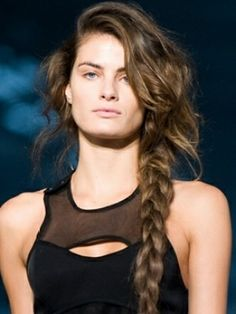 Stylish New Braided Hairstyles Ideas - If you're tired of sporting the same boring look, check out the latest braided hairstyles trends! Braids exude chicness and can absolutely transform your look without too much effort! # Braids for sports plaits Latest Braided Hairstyles, Side Braid Hairstyles, Casual Hairstyles, Creative Hairstyles, Trending Hairstyles, Summer Hairstyles, Celebrity Hairstyles, Hair Styles 2016, Short Hair Styles