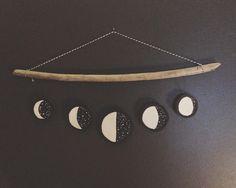 Hanging moon phase