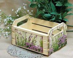 caixote decorado com decoupage