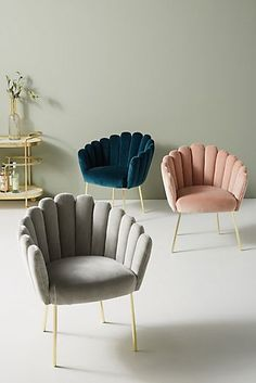 Anthropologie Bethan Gray for Feather Collection Dining Chair Anthropologie Bethan Gray for Feather Collection Dining Chair – Mobilier de Salon Living Room Interior, Living Room Decor, Bedroom Decor, Chair Design, Furniture Design, Furniture Nyc, Furniture Stores, Cheap Furniture, Furniture Removal