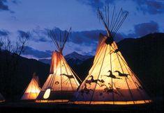 中で焚き火もできるよおしゃれなティピーテントに泊まれるキャンプ場