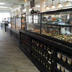 I have also been to Gjusta, the third spot opened from the expanding Gjelina empire. I loved Gjelina when it first opened. The space at Gjusta is amazing.