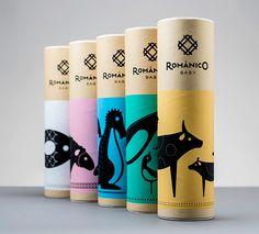 Românico Bordados Packaging by VOLTA_Branding & Digital Studio Kids Packaging, Tea Packaging, Brand Packaging, Shirt Packaging, Design Packaging, Product Packaging, Branding Design, Design Typo, Food Logo Design