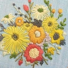 354 Likes, 7 Comments - Hand Embroidery Projects, Wool Embroidery, Embroidery Flowers Pattern, Simple Embroidery, Hand Embroidery Stitches, Hand Embroidery Designs, Embroidery Techniques, Floral Embroidery, Bordado Floral