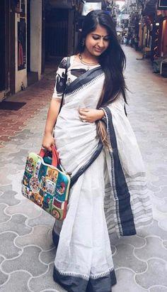 Elegant Indian Saree look. Go minimal with statement silver jewellery. Follow @fashionnaire #sareelove #sareeswag #minimalism #indianfashion #ethnicindia Kerala Saree Blouse, Sari Blouse, Saree Blouse Designs, Blouse Patterns, Indian Sarees, Kalamkari Fabric, Indian Beauty Saree, Sari Design, Indian Patterns