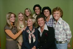 All six original actors who played the children on 'The Brady Bunch' agreed to participate in the HGTV special, 'A Very Brady Renovation. The Brady Bunch, Lara Spencer, Jonathan Y Drew Scott, Eve Plumb, Robert Reed, Maureen Mccormick, Mixed Families, Three Daughters, Christopher Knight