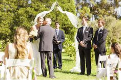 Brides: How to Handle the Wedding If Your Parents are Recently Divorced