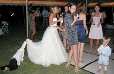 weird-wedding-photography33