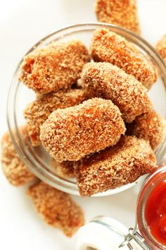 These heavenly little bites are crispy on the outside, tender on the inside, perfectly sweet and have a secret ingredient you wouldn't expect: cinnamon. Get the recipe from Minimalist Baker»