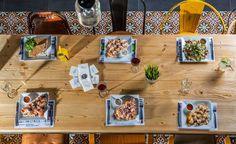 Melouk Cafe Bar, Κοκτέηλς Λουκουμάδες Καφέ στο Χαλάνδρι Restaurant Bar, Athens, Wine Recipes, Designer, Dining, Eat, Restaurants, Cafe Bar, Don't Forget