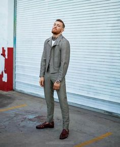 GQ STYLE cover story with Conor McGregor, photographed by Thomas Whiteside and produced by GlamPR Conor Anthony McGregor, Irish MMA fighter at the UFC,. Mcgregor Suits, Conor Mcgregor Style, Connor Mcgregor, Gq Style, Male Style, Classic Style, Male Fashion Trends, Best Mens Fashion, Look Cool