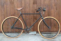 Alcyon by collectvelo, via Flickr, vélo ancien noir