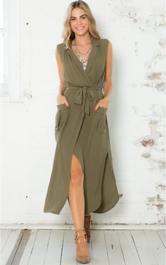 Heartbreak war maxi dress in Khaki