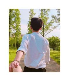 Page 2 Read 🌸 🌸 from the story Couple Ulzzang, Korean Boys Ulzzang, Ulzzang Girl, Best Friend Pictures, Couple Pictures, Couple Avatar, Pre Wedding Poses, Profile Pictures Instagram, Couple Aesthetic