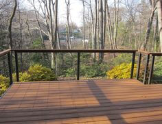 Deck railing isn't just a safety and security attribute. It can add a stunning visual to mount a decked location or porch. These 36 deck railing ideas show you how it's done! Railing Design, Deck Design, Railing Ideas, Cabana, Ideas Cabaña, Cable Railing Systems, Cabin Decks, Wood Handrail, Deck Railings
