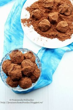 Raw vegan truffles with dried fruits and walnuts #raw #vegan #truffles