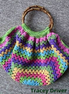 A whole collection of Fat Bottom Bags (Original pattern by Marinke Slump AKA Wink from A Creative Being) ♡♡♡ RIP WINK - www.crafternoontreats.com
