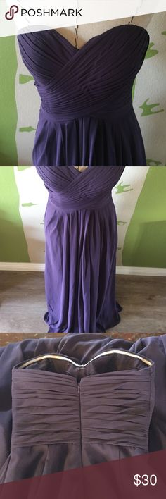 """Bill Levkoff formal/bridesmaid dress, size 2, 54"""" Bill Levkoff plum formal/bridesmaid evening dress, professionally altered from size 4 to size 2, 54"""" long, good condition! Bill Levkoff Dresses Strapless"""