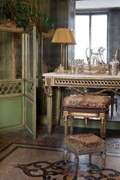 Salle de bain de la chambre de Monsieur miroir