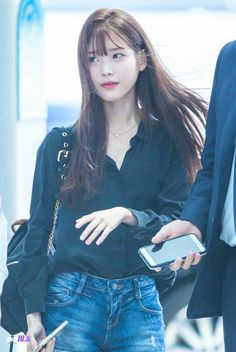 Iu Fashion, Korean Fashion, Airport Fashion, Korean Celebrities, Celebs, Iu Hair, Airport Style, Beautiful Asian Girls, Korean Outfits