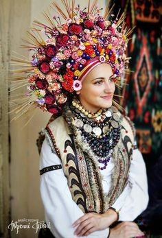#Ukrainian #Style  #Spirit of #Ukraine A traditional Ukrainian wreath of #Kornych village, #Kolomyia district, #IvanoFrankivsk region Photo by #МайстерняТретіПівні