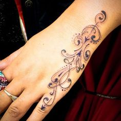Pretty Hand Tattoos For Women - Bing Images - Tattoo For Girls - . - Pretty Hand Tattoos For Women – Bing Images – Tattoo For Girls – - Pretty Hand Tattoos, Side Hand Tattoos, Small Hand Tattoos, Hand Tats, Hand Tattoos For Women, Tattoo Designs For Women, Finger Tattoos, Beautiful Tattoos, Tattoos For Guys