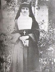 Nuns Habits, Corporate Women, Bride Of Christ, Brides, Favorite Things, Religion, Sisters, Spirit, Costumes