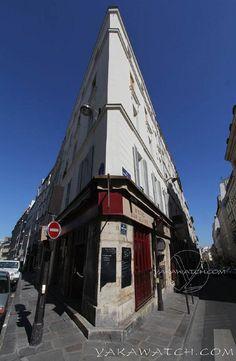 Coin de rue #Paris #Architecture #Street ©Photo YakaWatch.com