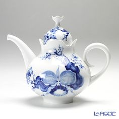 Meissen...orchid pattern in blue and white