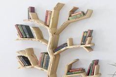 The Elm Tree Bookshelf image 2