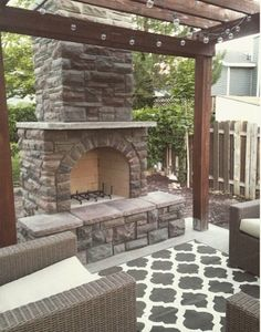 There are lots of pergola designs for you to choose from. You can choose the design based on various factors. First of all you have to decide where you are going to have your pergola and how much shade you want. Fire Pit Pergola, Fire Pit Backyard, Pergola Patio, Pergola Plans, Pergola Ideas, Firepit Ideas, Modern Pergola, Metal Pergola, Gazebo