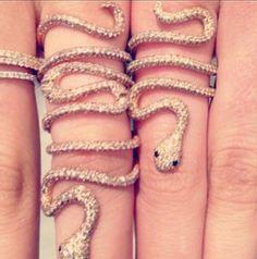 Cool snake ring