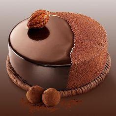 Creative Cake Decorating, Creative Cakes, Gateau Choco Caramel, Chocolate Cake Designs, Cake Recipes, Dessert Recipes, Nutella Cake, Chocolate Delight, Fancy Desserts