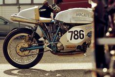Ducati 786  Showing ED