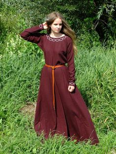 Hey, I found this really awesome Etsy listing at https://www.etsy.com/listing/163281580/medieval-dress-for-historical