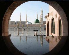 'Al Madina' of prophet Muhammed peace be upon him Mecca Madinah, Mecca Masjid, Al Masjid An Nabawi, Masjid Al Haram, Islamic Images, Islamic Pictures, Islamic Art, Islamic Posters, Beautiful Mosques