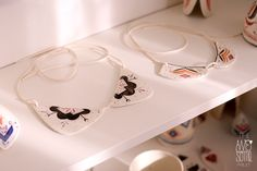 'peter pan' porcelain collars