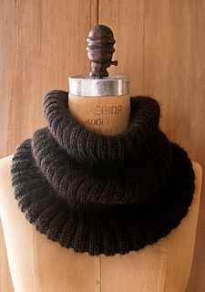 Ribbed Cowl - unisex. Easy and free pattern