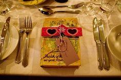 unusual wedding favours