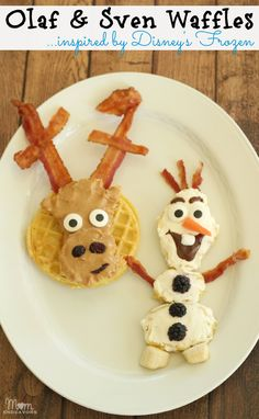 Disney's FROZEN fun food - Olaf & Sven waffles via momendeavors.com #Frozen #Disney