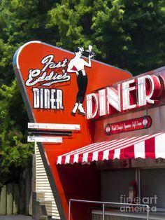 Fast Eddies Diner Art Deco Fifties Art Print by Edward Fielding 1950s Diner, Vintage Diner, Velo Vintage, Retro Diner, Vintage Room, Drive In, Cafeteria Retro, Americana Vintage, Diner Sign
