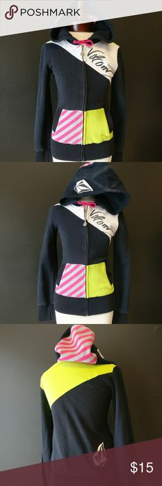 Volcom Pacsun Color Block Zip Up Fleece Hoodie XS Volcom Pacsun Color Block Zip Up Fleece Hoodie Pink, green, white, black. Bright, fitted, skater-style.  Throwback look. Thick and soft.  Size XS Gently used. Volcom Tops Sweatshirts & Hoodies