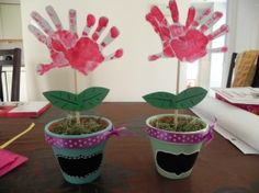 Great Grandparents Day Gift Ideas for Kids to Craft is a fun activity for the kids. These great Grandparents Day Crafts for Kids will put a smile on any grandparent's face! Kids Crafts, Mothers Day Crafts For Kids, Fathers Day Crafts, Mothers Day Cards, Toddler Crafts, Preschool Crafts, Diy For Kids, Baby Crafts, Spring Crafts