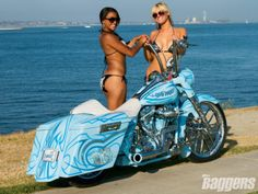 Hot Models Camille and Haley - Road King, Harley, Custom, Bike, King of Kings, Harley Bike, Hot Model, Hot Bike, Custom Harley, Custom Bagger