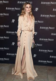 Olivia Palermo Photos - Actress Olivia Palermo attends Audemars Piquet Celebrates Grand Opening of Rodeo Drive Boutique on December 2015 in Beverly Hills, California. - Audemars Piguet Celebrates Grand Opening of Rodeo Drive Boutique Olivia Palermo Outfit, Estilo Olivia Palermo, Olivia Palermo Lookbook, Big Fashion, Party Fashion, Look Fashion, Fashion Outfits, Fashion Weeks, Milan Fashion