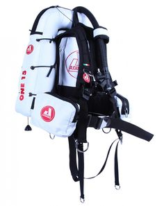 ONE - Starting well to do better!  ONE is a buoyancy compensator that represents the perfect balance between quality, performance and price. ONE has been designed as a recreational BCD but some of its versions are perfect to face also more challenging immersions. #bcd #scuba #diving #GiletStabilisateur #Tarierjacket #chalecoBuceo