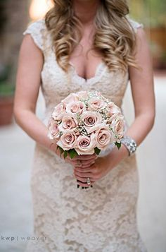 Blush roses wedding bouquet.