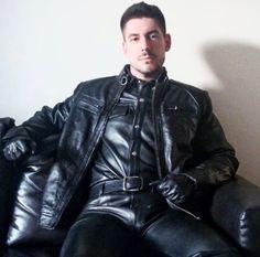 Gay en cuir - Jzzo